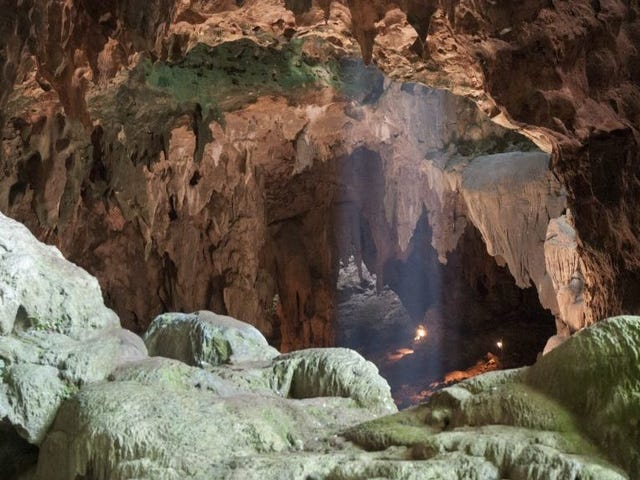 Άγνωστα είδη μικροσκοπικών Αρχαίων Ανθρώπων που ανακαλύφθηκαν στο Φιλιππινέζικο Σπήλαιο