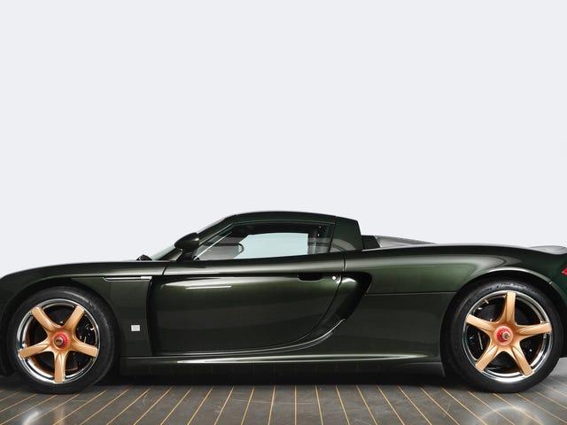 Fun Fact: This Porsche Carrera GT Is Green
