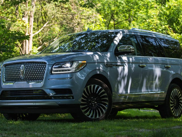 What Do You Want to Know About the 2019 Lincoln Navigator?