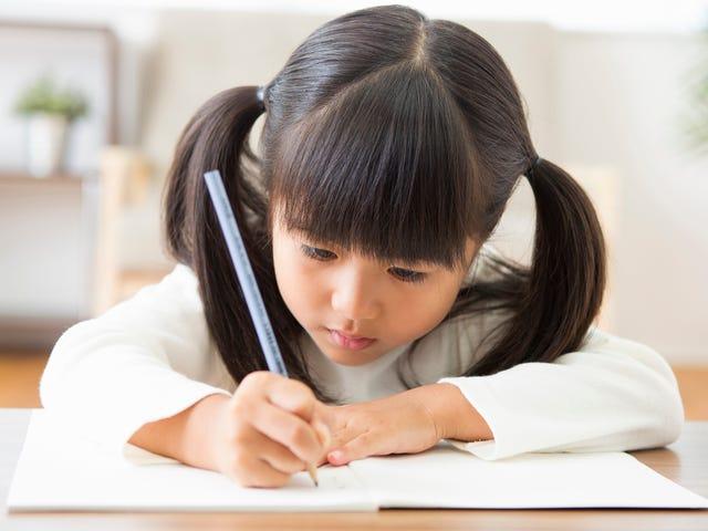 Hjælp dit barn med at lære sig ord med dette trick