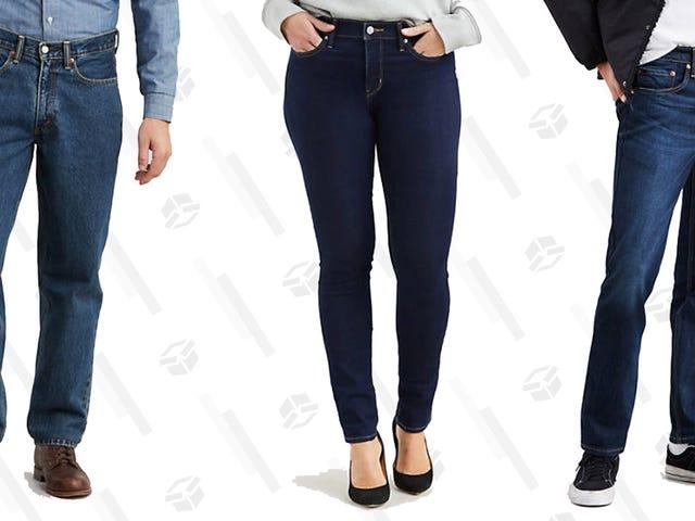 Nhận quần jean tốt với các kiểu đóng cửa giảm giá sâu từ việc bán kho của Levi