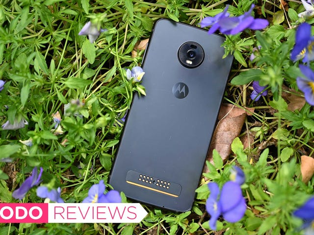 The Moto Z4 Is a Solid Mid-Range Contender, But It Might Be Time for a Reboot