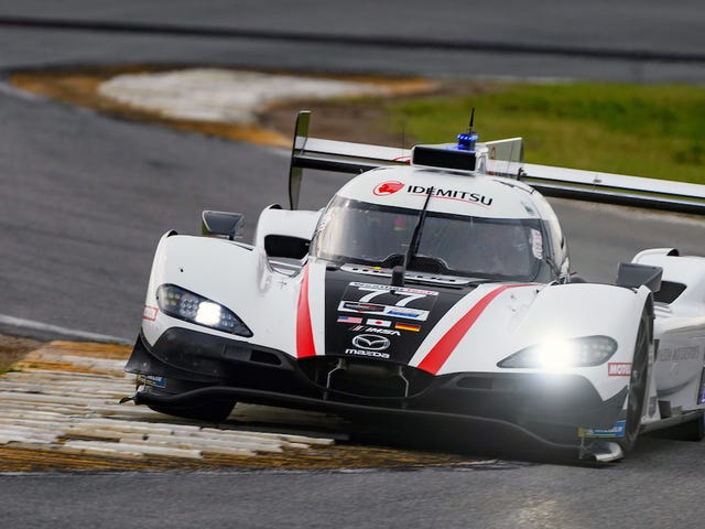 Mazda rompió extraoficialmente el récord de vueltas en Daytona nuevamente