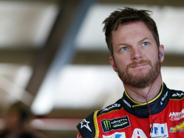 Ο αγαπημένος γιος του NASCAR Dale Earnhardt Jr. αποσυρθεί μετά το 2017