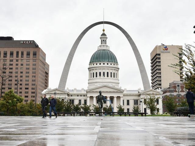Black People Have Been the Only Ones to Die From COVID-19 in St. Louis: Report