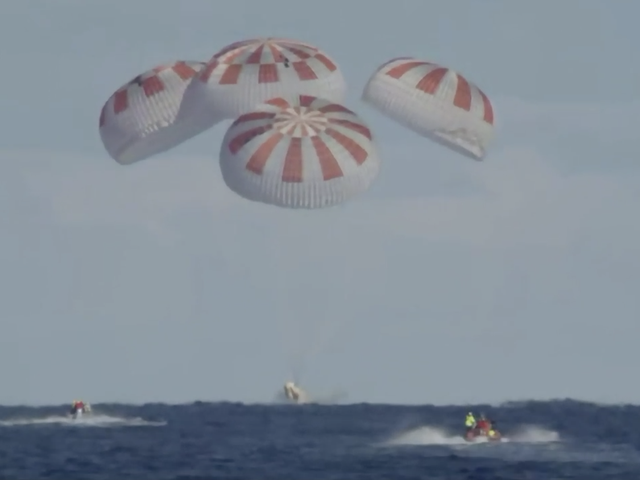 Test Mission of SpaceX Crew Dragon Ends With Successful Splashdown in the Atlantic