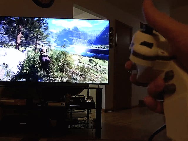 Populär Modder skapar en anpassad PS4-kontroller