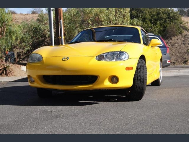 I'm Obsessed with Yellow Miatas