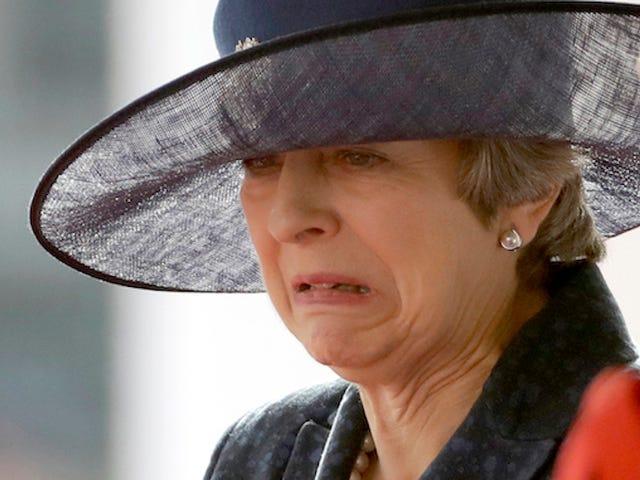 Você pode realmente comer alimentos mofados como o primeiro-ministro britânico Theresa May supostamente faz?