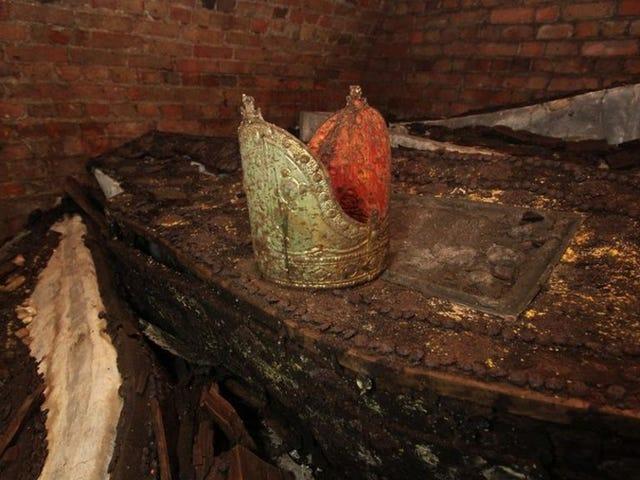 Secret Medieval Tomb Reveals Resting Site of Five Lost Archbishops