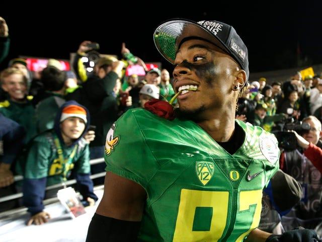 Raportti: Oregon WR Darren Carrington epäonnistuu huumeiden testauksessa, Misses Title Game