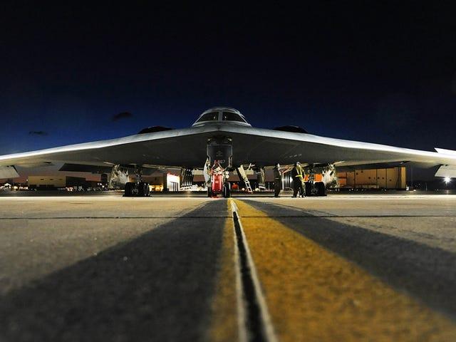 B-2's van Amerika verzonden naar Deter China terwijl B-52's ISIS opnemen