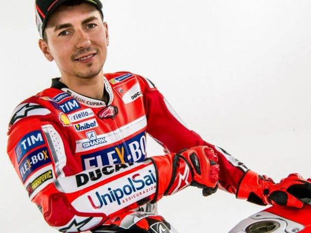 Oh holy fuck Jorge Lorenzo just signed with Honda