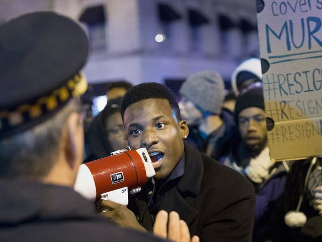 Cops Who Covered Up Laquan McDonald's Death Back on Chicago Payroll