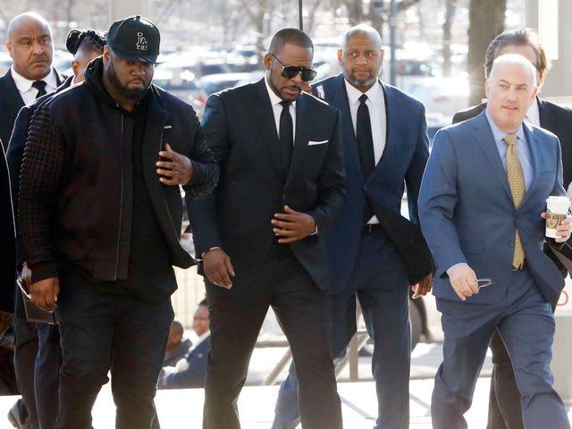 """Atordoado e confuso: R. Kelly, alegando que estava """"oprimido"""", quer combater o caso de agressão sexual que acabou de perder"""