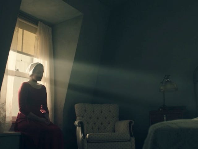 Hulu's The Handmaid's Tale Will Contrast Its Dark Story With Gorgeous Visuals