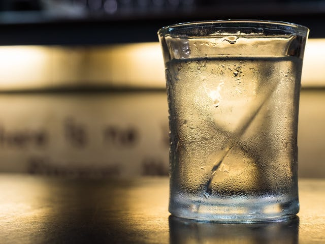 "Bar owner takes issue with water-only customers: ""It really affects our business"""
