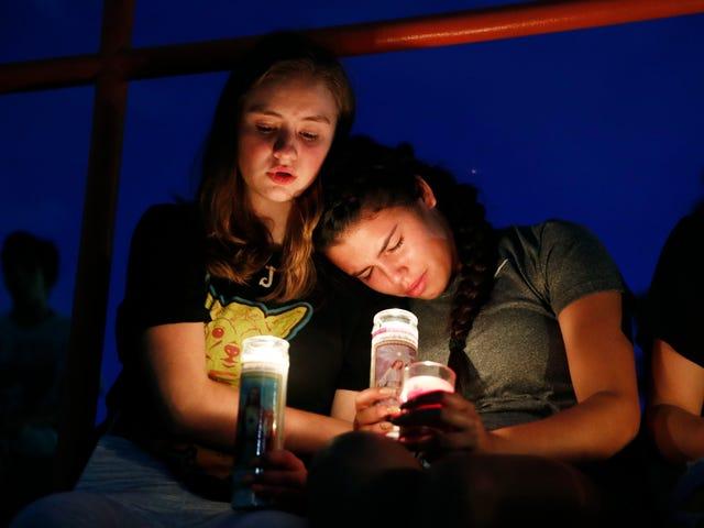 #WhiteSupremacistTerrorism: Hashtag vượt qua Twitter sau cặp đấu mới nhất