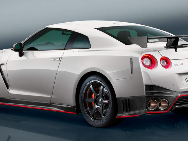 2017 Nissan GT-R Nismo är nu $ 100.000 dyrare än den första GT-R