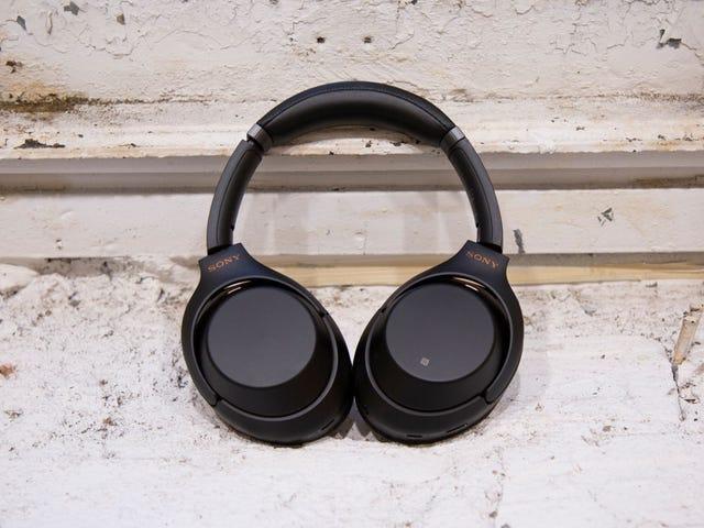 Lyt op: De bedste støjdæmpende hovedtelefoner er $ 100 rabat lige nu