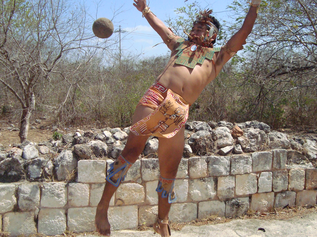 Awesome Mesoamerican Sports You Didn't Know Existed (That People Still Play!)