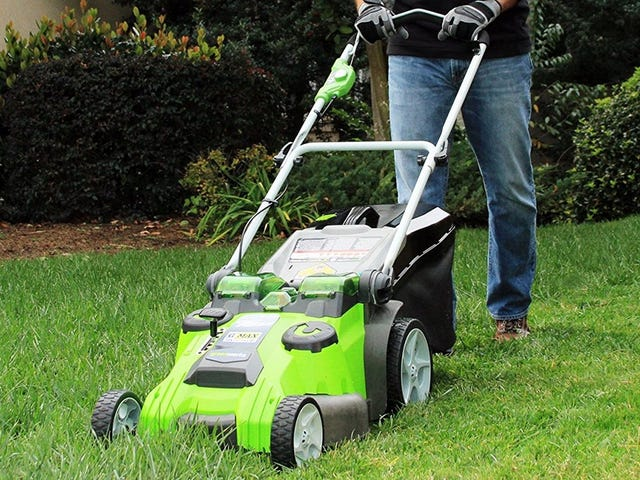 This Sale Is the Excuse You Need to Upgrade to An Electric Lawnmower