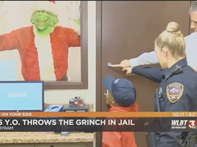 5-Year-Old Mississippi Hero Calls 911, Helps Cops Capture the Grinch to Save Christmas for Us All