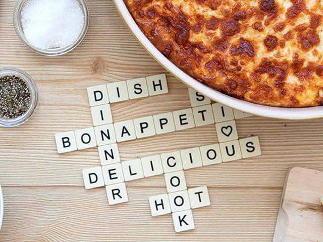 Ang Perpektong Potholder Para sa Crossword-Loving Chef
