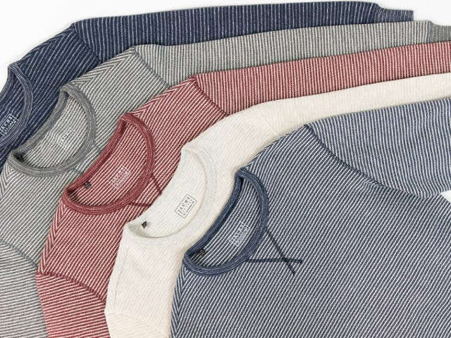 Pick Up Two Fleece Crewnecks Or Hoodies From Jachs For Just $40 (Over 80% Off)<em></em>