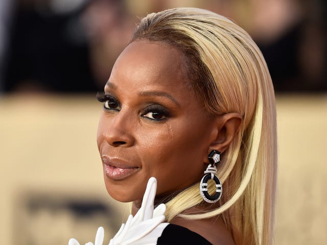 Love Without a (Price) Limit: Love Mary J.'s Look at the SAG Awards? Get It With Black Opal!