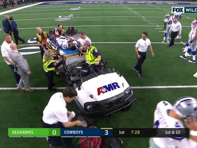 Cowboys WR Allen Hurns Leaves Game On Stretcher After Gruesome Leg Injury