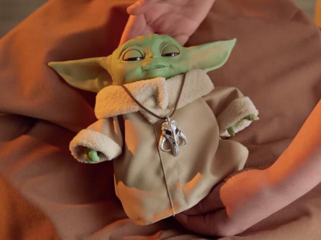 Den Animatronic Baby Yoda er for alle kræftsensitive børn