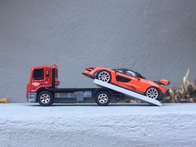 McLaren Monday - Mira Orange delivery with Matchbox Flatbed King!