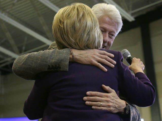 Bill Clinton critica Berniebros come donna che lo ha accusato di aggressione dice che si terrà contro Hillary