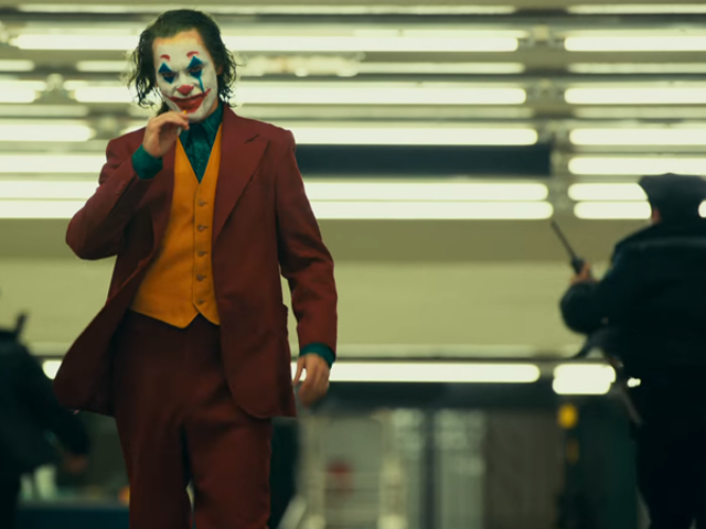 I New Joker Trailer blir en Broken Man Batmans Greatest Fiy