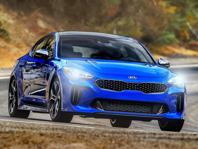 The 2019 Kia Stinger Gets IIHS' Top Safety Award, but Its Headlight Ratings Are All Over the Place
