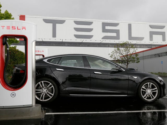 Tesla Q1 2018 Report: More Production Shutdowns To Prep For Making 5,000 Model 3s Per Week