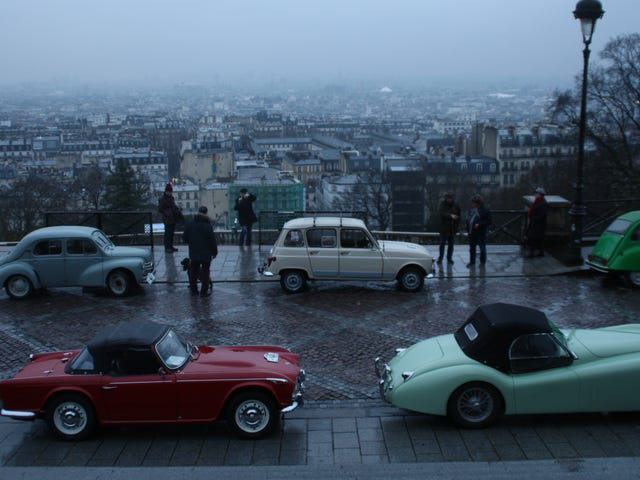 What it's like to drive across Paris with 700 classic cars