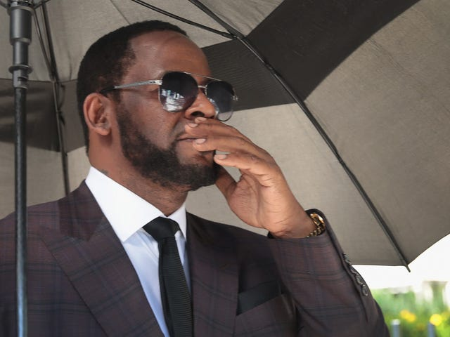 R. Kelly Denied Bond, to Be Held in New York on Multiple Federal Sex Crime Charges