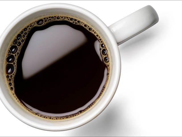 Orgullo, prejuicio y café negro: cómo superé mi miedo a la crema y al azúcar