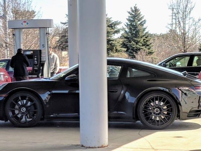 Đây có lẽ là 992 Porsche 911