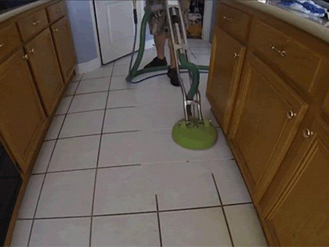 Απίστευτα ισχυρή μηχανή καθαρισμού εξατμίζει βρώμικα δάπεδα
