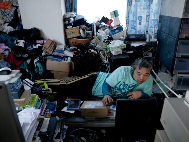 New FUSION Documentary Takes In-Depth Look at Japan's Lost Generation of Digital Age Hermits