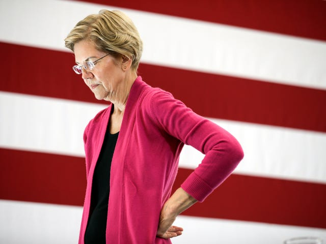 Elizabeth Warren Had a Hard Time Naming Prominent Black People—On Two Occasions