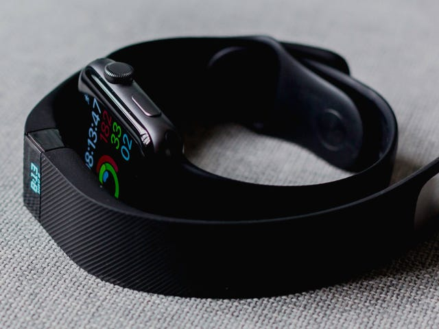 How to Have a Healthy Relationship With Your Fitness Tracker