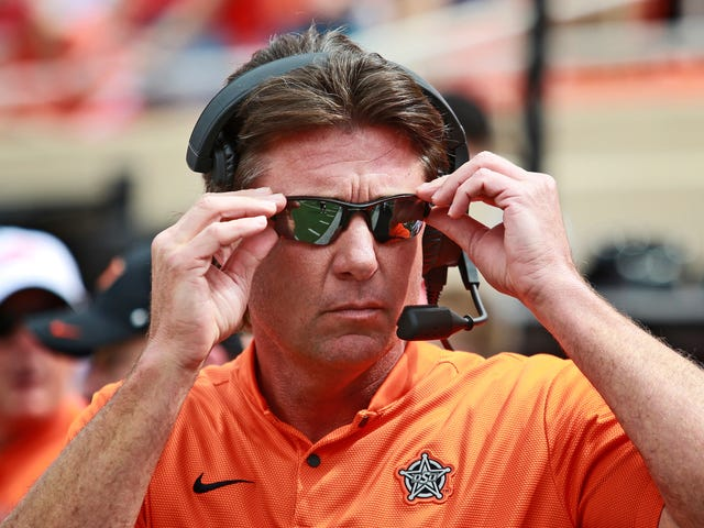 "Mike Gundy Blames Transfers On ""Liberalism"" And ""The Snowflake"""