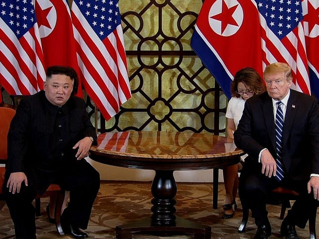 Donald Trump at Kim Jong Un Find Out That Love Mas Mahirap Nang Mukhang Ito