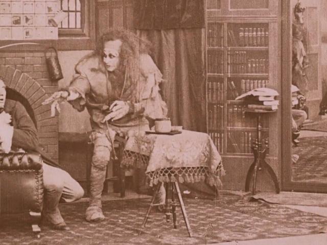Смотреть этот прекрасно восстановленный фильм 1910 года « Frankenstein для Хэллоуина
