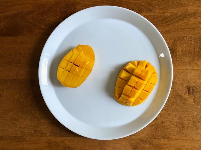 Turn Your Mango Into A Delicious Hedgehog, And Conquer It At Last