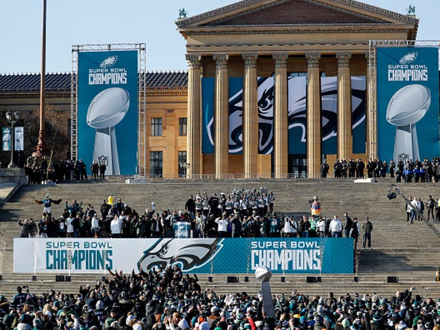 Philly Mayor Blames Trump for Eagles Team Not Wanting to Visit